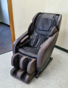ON SALE ! NEW DELUXE MASSAGE CHAIR 3D ZERO GRAVITY 628A RECLINER