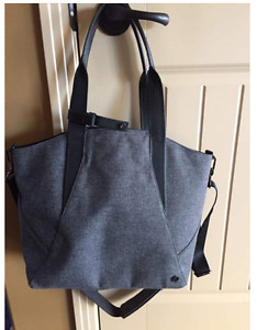 Lululemon all day mini tote