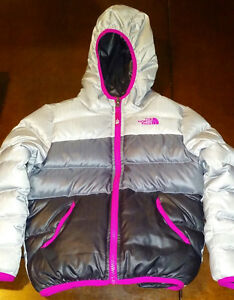 THE NORTH FACE GIRLS REVERSIBLE 550 DOWN FILL JACKET