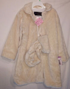 Girls Size 8 Clothes (Tops, Pants, Coats, Dresses, etc) London Ontario image 3