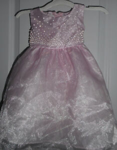 Baby girl's dress size 12 months
