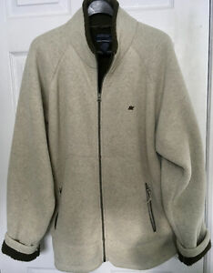 AMERICAN EAGLE OUTFITTERS SHERPA COAT - As New