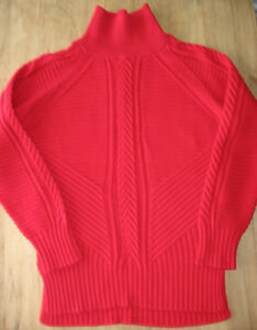 BANANA REPUBLIC MOCK NECK SWEATER, SIZE SMALL