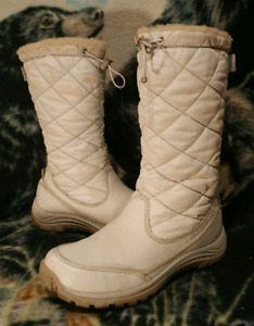 UGG AUSTRALIA Waterproof EVENT Leather Winter Boots Womens Sz 8