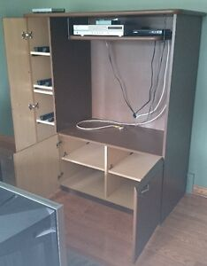 TV Stand and 2 book shelves Windsor Region Ontario image 5
