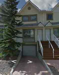 Available June 5th: 3-Bedroom Townhouse Condo - Cougar Creek
