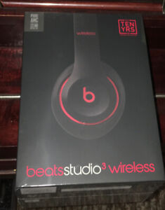 BNIB Beats studio3 wireless