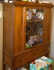 Antique China Cabinet With Skeleton Key