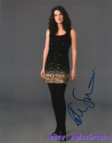 COBIE SMULDERS.. How I Met Your Mother Beauty - SIGNED