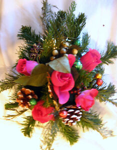 Christmas Accents: mini trees, wreaths, centerpieces, baskets,