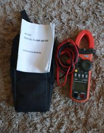 TIS Digital Clamp Meter