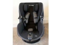 Maxi Cosi Axiss, swivelling toddler car seat, 9 - 18kg, black fabric cover, good condition