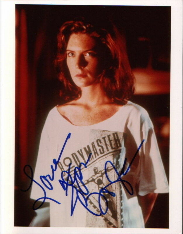 LARA FLYNN BOYLE.. The Rookie - SIGNED