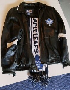 MAPLE LEAFS LEATHER JACKET & SCARF