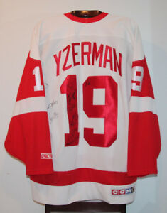 CCM STEVE YZERMAN DETROIT RED WINGS HOME HOCKEY JERSEY SIZE XL