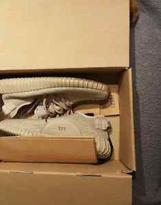 Size 7 yeezys Oxford tans- come in  box with receipt, bag etc