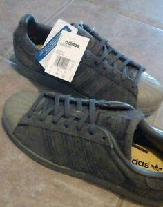 NEW Adidas Superstar Shoes Men Size 10 Gray/Gold/Black