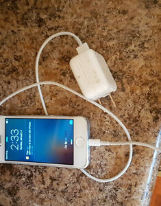 White iphone 5 mint condition