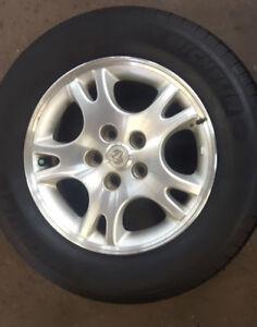 4 pneus 215/65R16