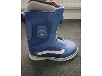 Snowboard Boots - Vans Aura