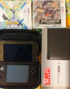 selling Like New Previous model Nintendo XL with games