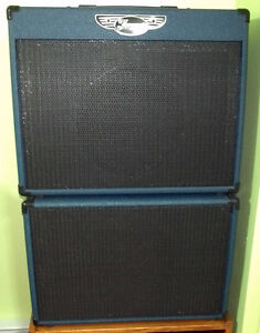 Traynor YCV50BLUE 50W Tube Amp with YCX12BLUE 40W Extension