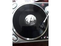 Numark DJ turntables + dj mixer