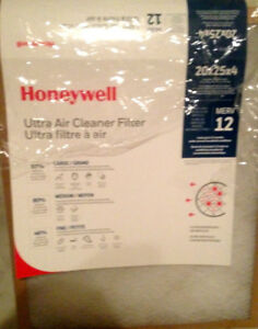 Honeywell Air Filter (2 Filters) - 20x25x4