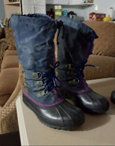 Sorel Women's Boots, Size 9, Excellent Condition!