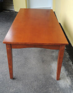 coffee table moving must Sell 20 H x 23 W x L x 23 1/2