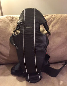 Like new BabyBjorn baby carrier