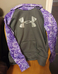 Under armour hoodie/bench/winter boots