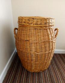 Vintage Alibaba basket