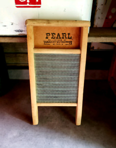 VINTAGE PEARL WASHBOARD GLASS SOLID