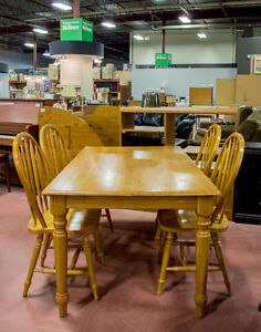 Dining Room Table w/ Chairs - ReStoreYYC