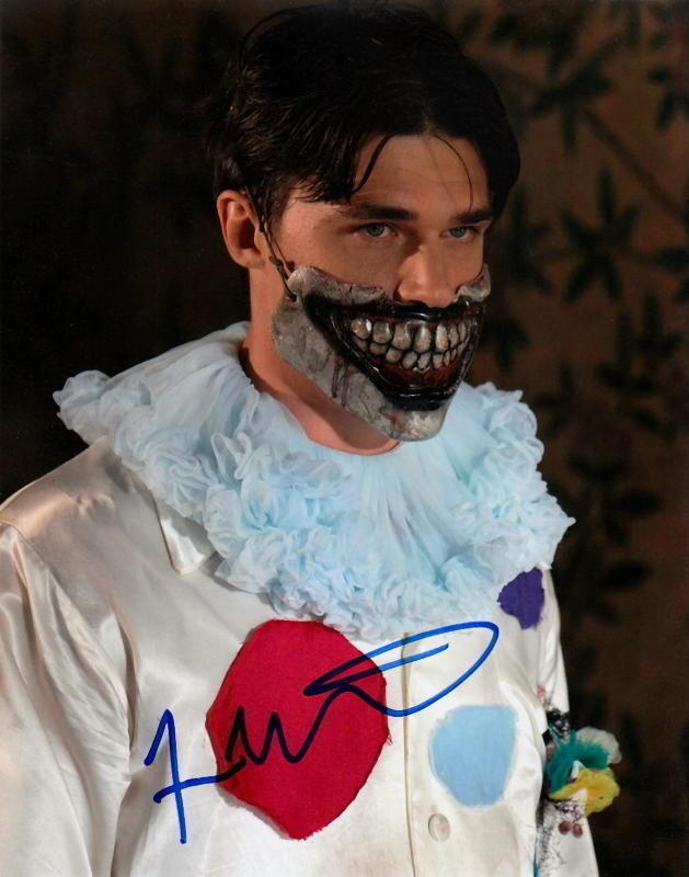 FINN WITTROCK.. American Horror Story: Freak Show - SIGNED