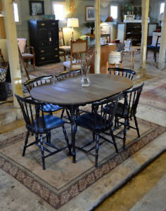 Round Solid Wood Table With Leaf