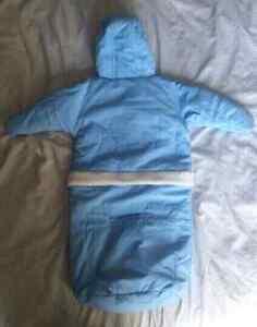 Habit d'hiver 6 mois Disney Winnie the Pooh Bleu poudre, impécc Saint-Hyacinthe Québec image 5