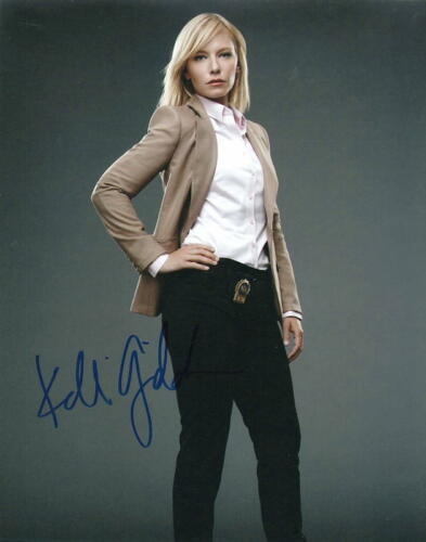 KELLI GIDDISH.. Law & Order: Special Victims Unit (SVU) SIGNED