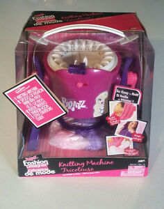 MGA Bratz fashion designer knitting machine