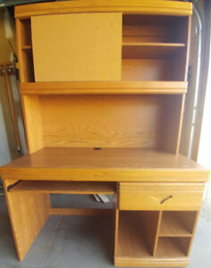 Computer Desk with Hutch and cork board (2 drawer table incl.)