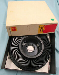 Kodak Carousel 760H Slide Projector and some extra Stratford Kitchener Area image 5