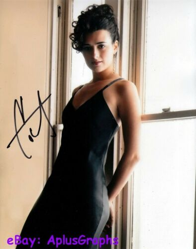 COTE De PABLO.. Simply Stunning (NCIS) SIGNED