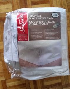Sunbeam heated mattress pad Queen size