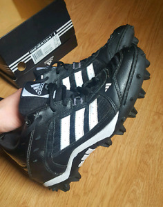 Souliers à crampons Adidas pour foorball 9us Homme
