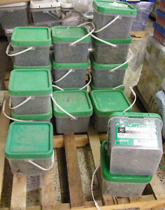 boxes of Decking Screws in gray, green, brown, zinc coated London Ontario image 3