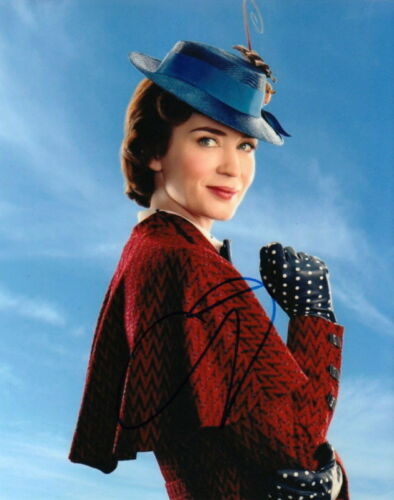EMILY BLUNT.. Mary Poppins Returns - SIGNED