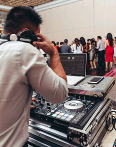 Dj services serving Toronto and the Gta area