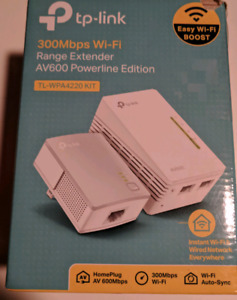 TP 300Mbps Wi-Fi Range Extender and AV600 Powerline Adapter