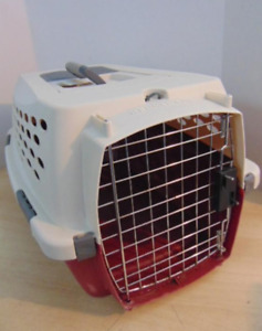 Cat or small dog kennel